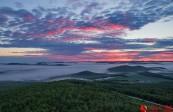 百泉谷清晨雾海奇观