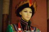 """""""可愛的中國""""之裕固族:把對生活的熱愛融入民族服飾里"""